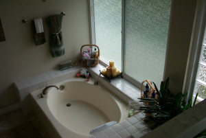 0019Master Bathroom Before